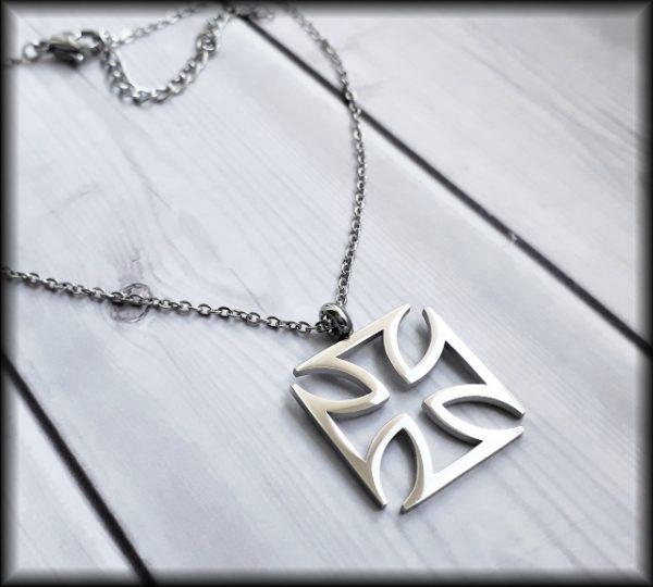 Dámský maltézský kříž ocel