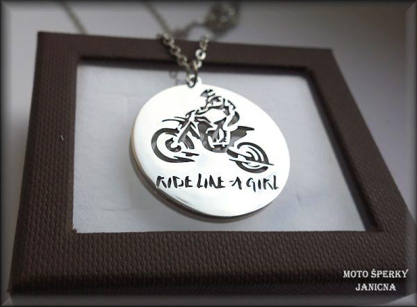 přívěšek lady girl motorkářka ocel